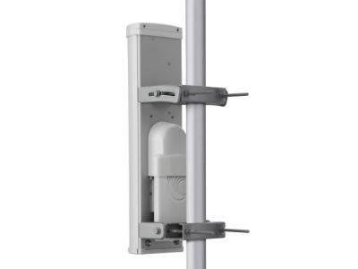 Antena sektorowa ePMP 2000 z tyłu